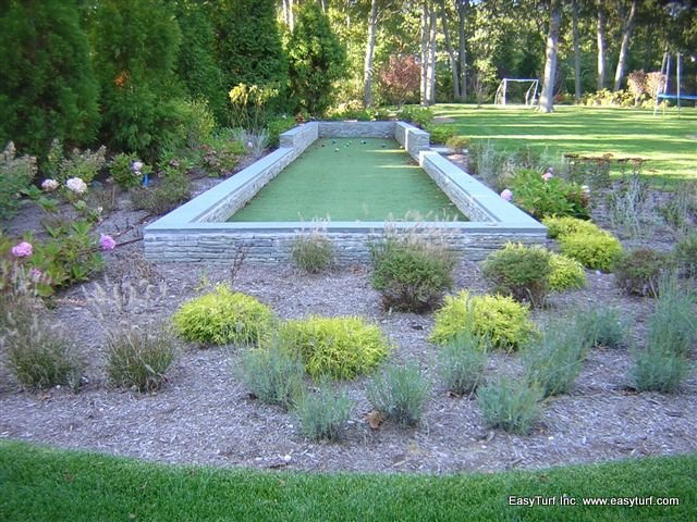 Bocce Ball Lawn Bowling : lawn bowling and bocce ball court surface is artificial grass a lawn
