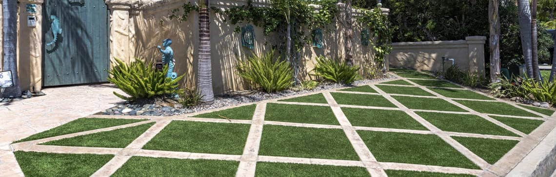 Artificial Grass with Pavers