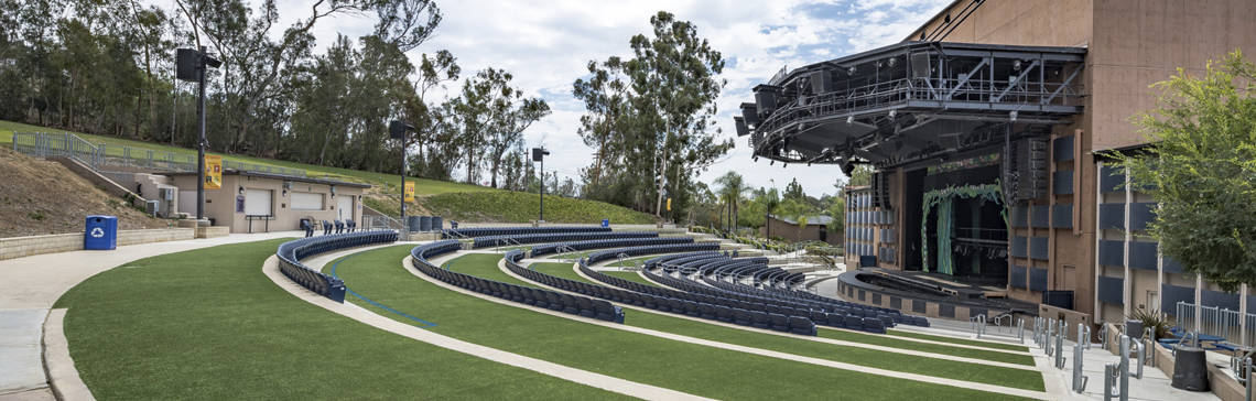 Vista Moonlight Amphitheater Artificial Turf